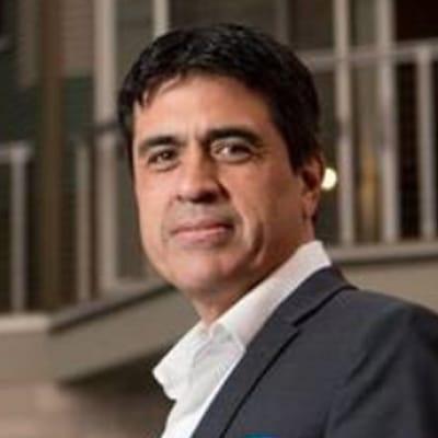Carlos Plazola, M.E.S.